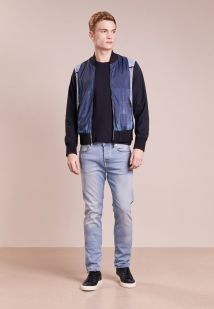 Imagen principal de producto de True Religion ROCCO Vaqueros slim fit light blue washed - True Religion